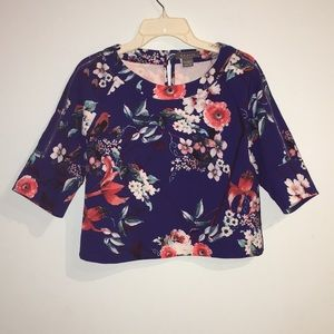 Garcia Floral Crop Top Zipper Sleeves